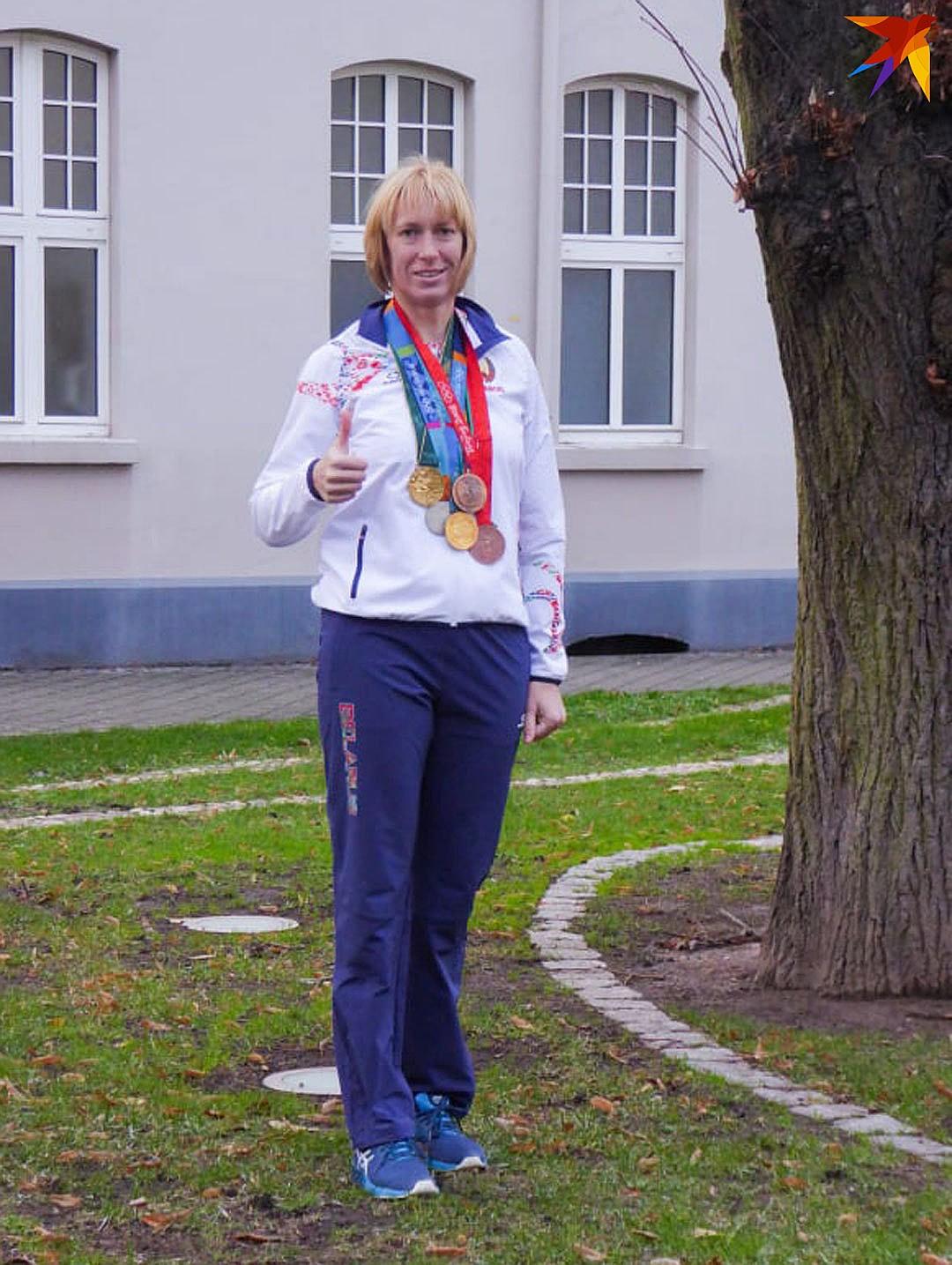 Екатерина Карстен с пятью олимпийскими медалями. Фото: личный архив