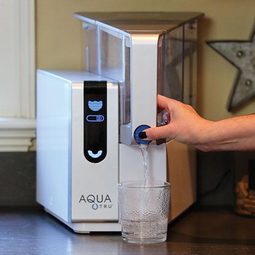 Иногда полезные минералы удаляются из питьевой воды во время процесса фильтрации воды обратного осмоса.