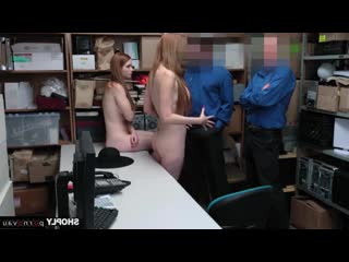 Scarlett Snow & Lauren Phillips [ In the office &  Redhead &  With talk / Cumshot on ass, Robber, Sex in clothes, Crempai, A