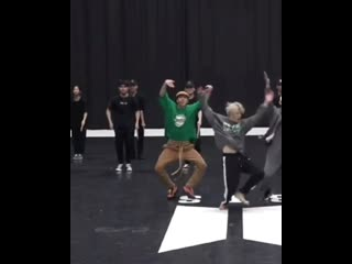 Hoseok doing that hand gesture before the dance break to cheer along with the backup dancers phew