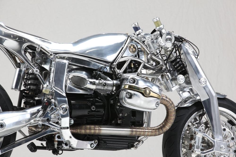 Radikal Chopper x Officine Mermaid: кастом BMW R1100S