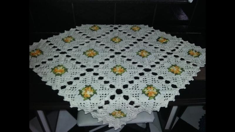 Toalha de mesa em crochê de Squaresmanta para sofá com passo a passo aldacilenecroche
