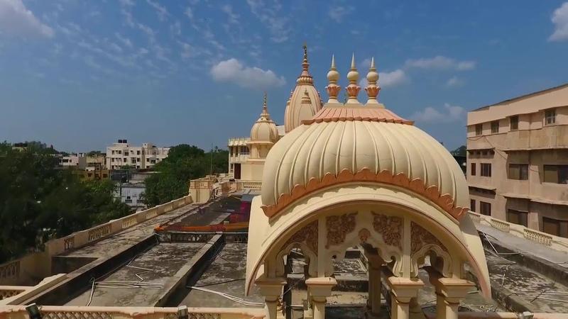Giriraj Maharaj ki Jai! Vrindavan Govardhan parikrama from the air