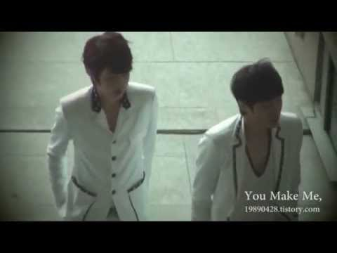 110416 [FANCAM] MyungSoo SungYeol walking together as if nothing happened