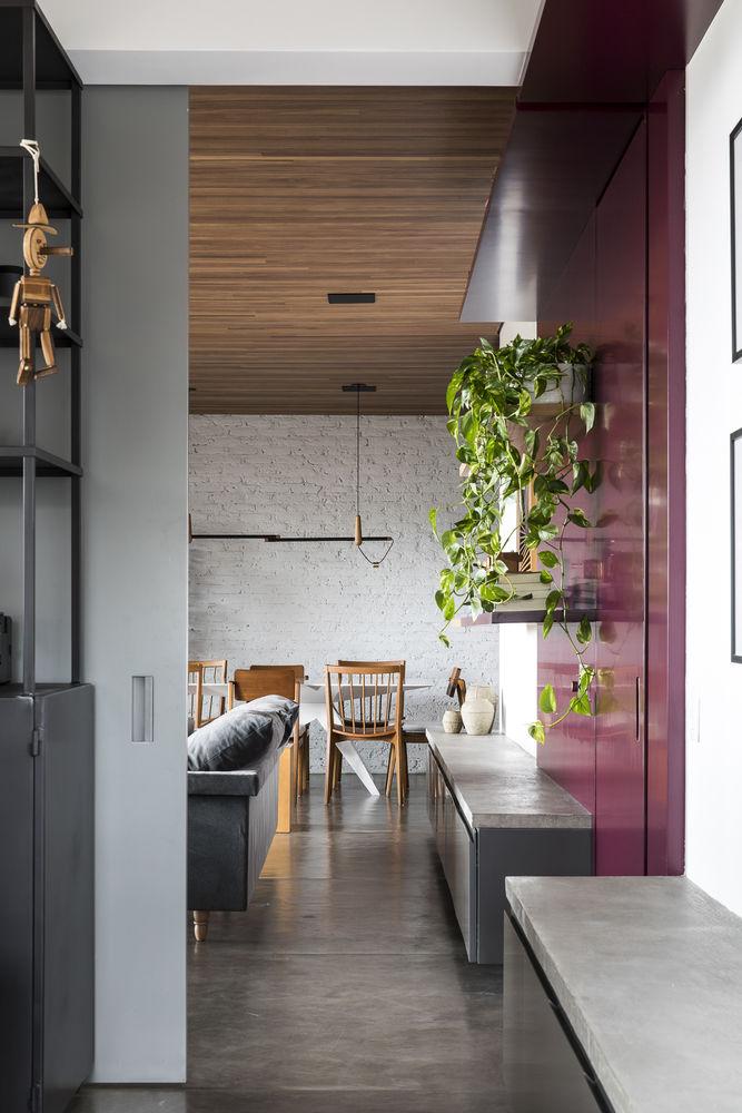 Mira Apartment / SuperLimão Studio