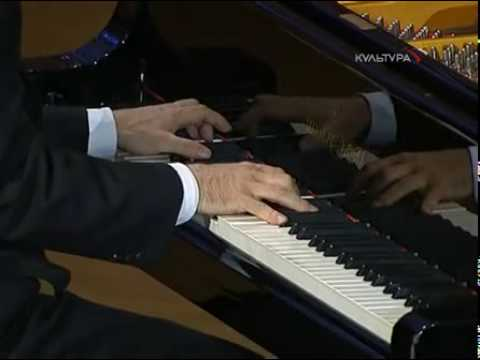 Pletnev plays Chopin Preludes Nos.14-17