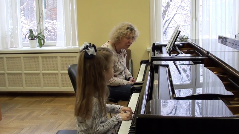 13 02 2019 First lesson of Mira Marchenko with Ulyana Rodina classroom of the Central Music School