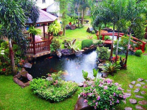 Сделать свой двор необычным и интересным хотят все владельцы