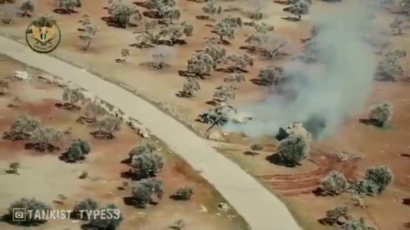 О качестве сирийских танкистов Протурецкий БТР ACV 15 FNSS гоняет асадовский Т 72 Казалось бы повернись и наедь раскатав в л