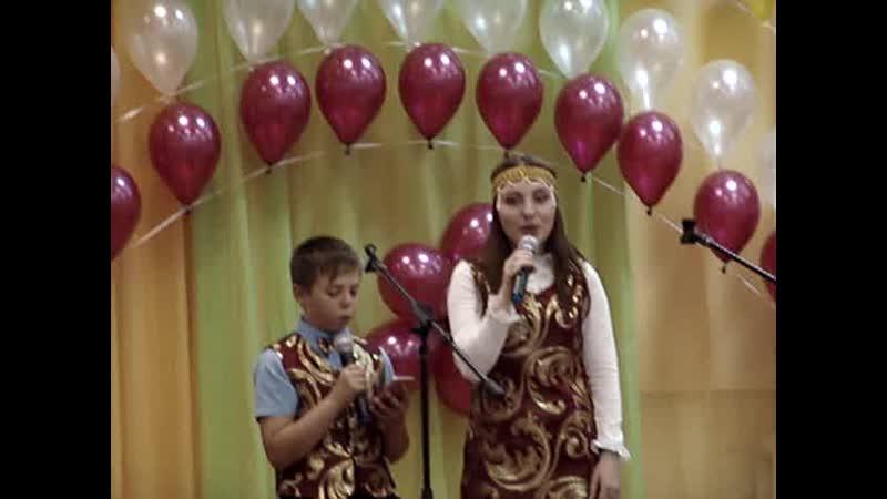 23.05.19-Последний звонок.Зеленова и.,Павликов В.Учительница первая моя