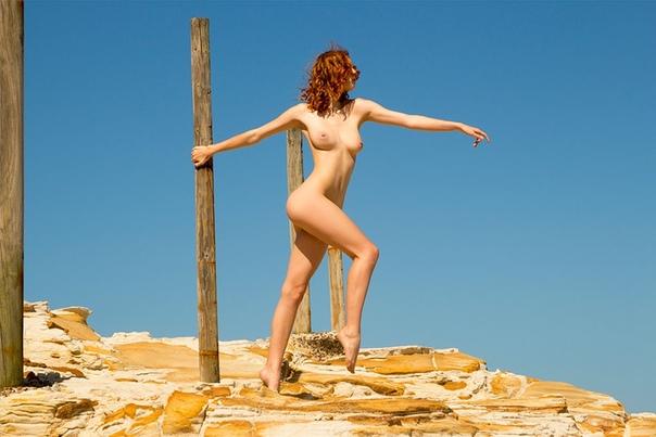 Hot girls daily naked