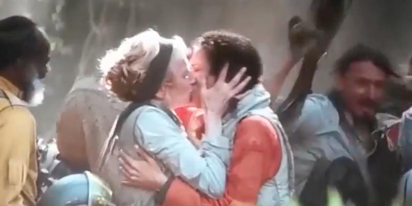 Целующиеся лесбиянки в «Звёздные войны: Скайуокер. Восход»
