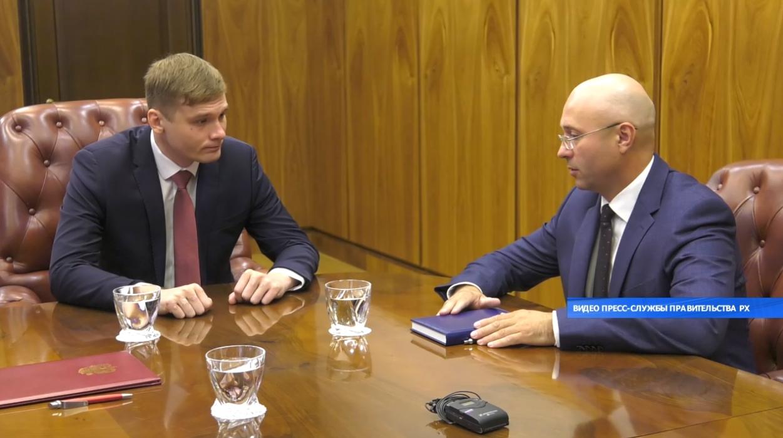 Бывшему заместителю Коновалова Сергею Новикову предъявлено обвинение в получении взятки в особо крупном размере