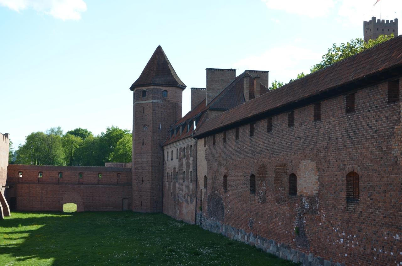 p8lQ6A1LtPQ Мальборк - столица рыцарей в Польше.