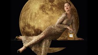 Марион Котийяр в новой рекламной кампании Chanel N°5