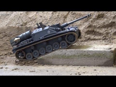 StuG III G RC Tank Panzer Sturmgeschütz III 3 ♦ Treffpunkt Modellbau Paaren im Glien 2016