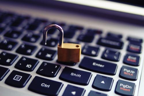 Более 1 млрд сочетаний электронный адрес/пароль утекли в Сеть, изображение №1