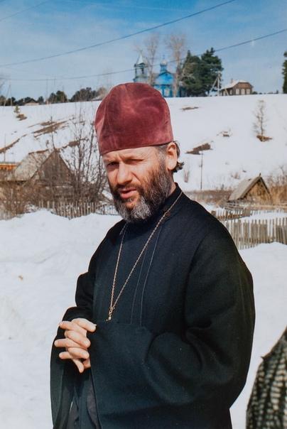 иерей Александр Маслич, первый настоятель храма в честь Покрова Пресвятой Богородицы с. Петухово возрожденной церковной общины