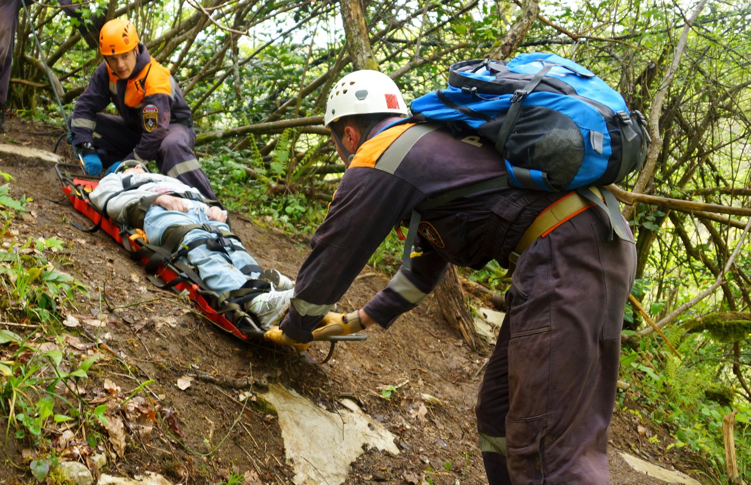 В горах КЧР пострадала туристка из Ставрополя