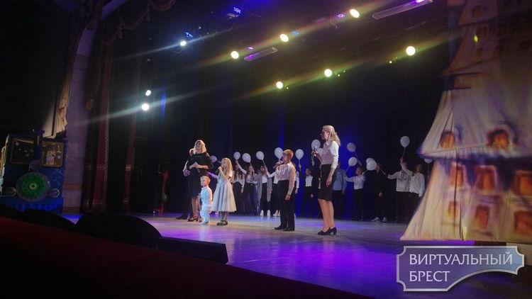 Благотворительный концерт «Чистые сердца» в поддержку Владислава Якимовича состоялся