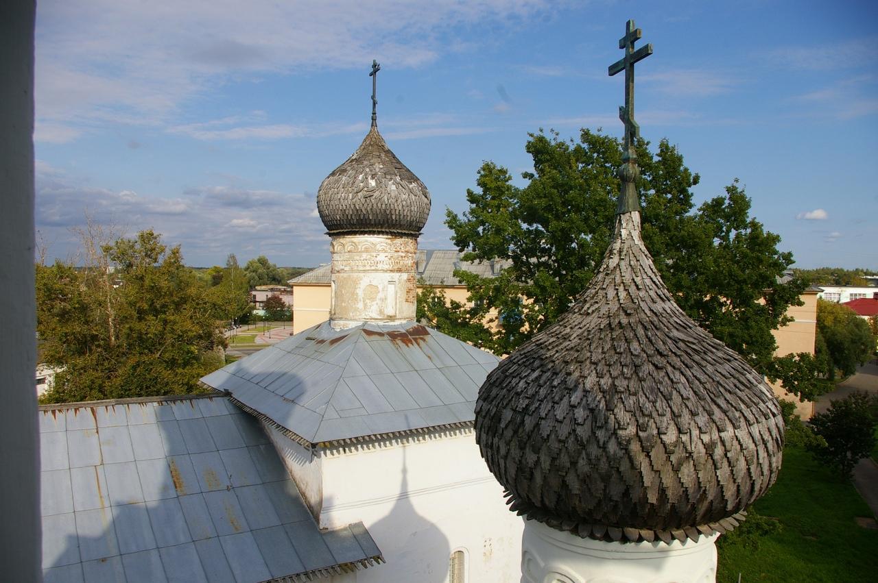 Монастырь 12 века в Старой Руссе. Краеведческий музей. Древнерусские письмена.