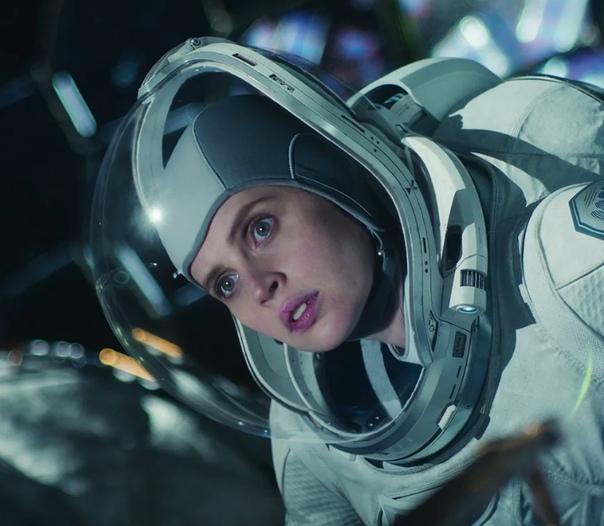 Первые кадры нового фильма Джорджа Клуни «Полуночное небо»
