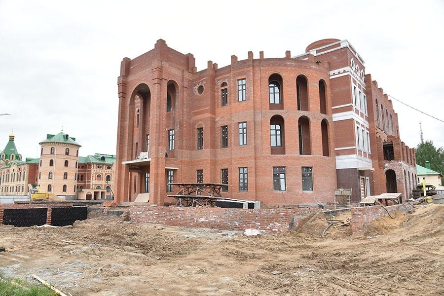 В Йошкар-Оле продолжается строительство Маргосфилармонии им. Я.Эшпая
