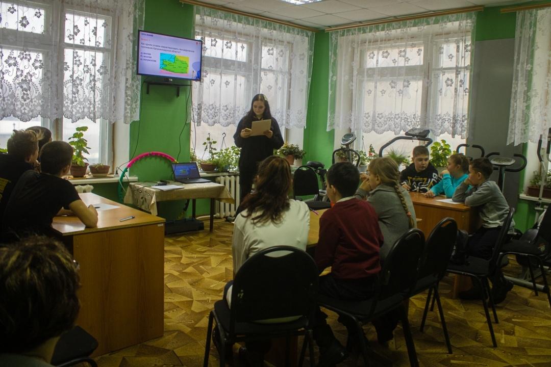 Петровские скауты провели для воспитанников Центра социального обслуживания населения познавательную викторину