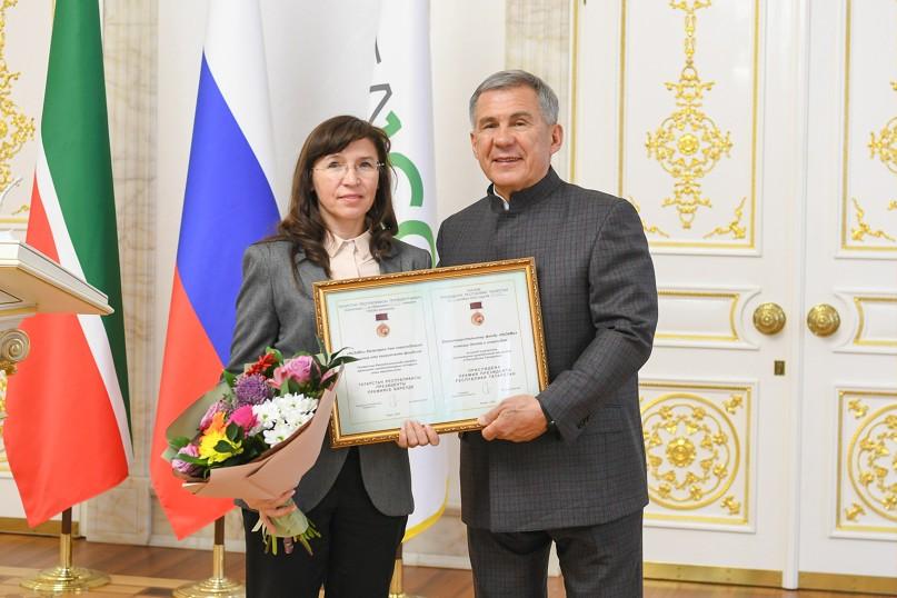 Рустам Минниханов вручил Премии за вклад в развитие институтов гражданского общества, изображение №3