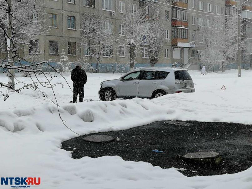 ДТП парализовало движение по Уральской