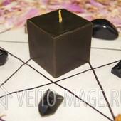 Черная руническая свеча