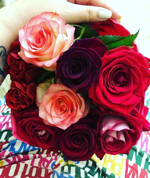 Анита Мишенкова: Ну, слабость у меня к розам. Ничего не могу поделать)))