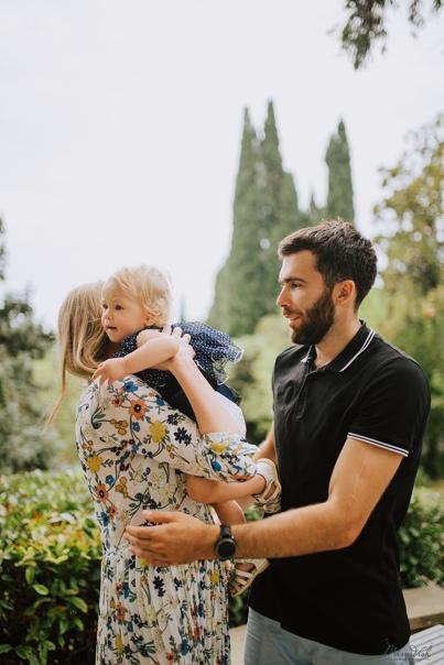 Семейная фотосессия в Алупке . Оля 9.18