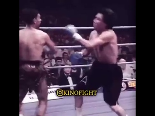Один из самых зрелищных боксёров в истории мирового бокса   Принц Насим Хамед.mp4