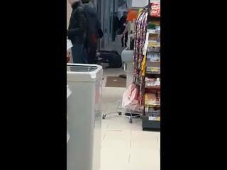 Магнит на пединституте. Некий мужик избил девушку| Воронеж