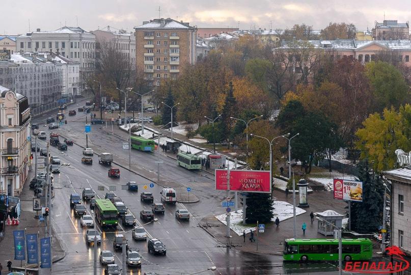 Снегопады или COVID? В январе в Минске на четверть сократились пассажирские перевозки