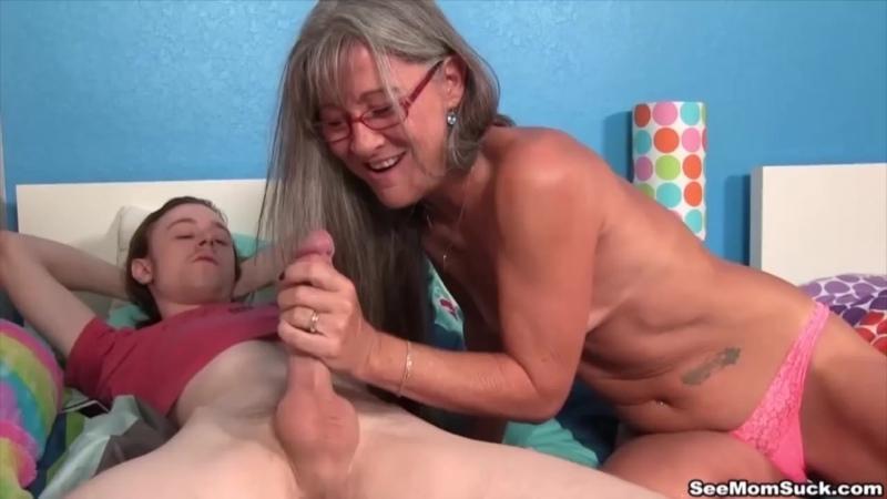 See Mom Suck Cumshot Compilation(трах, сосёт, глотает, сперму, минет, в рот,