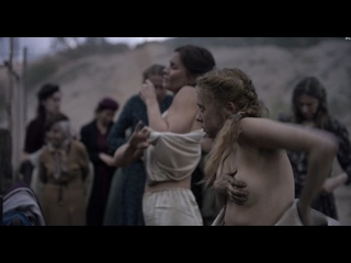Bel Powley, Lisa Loven Kongsli - Ashes in the Snow (2018) 1080p Web Watch Online / Бел Паули, Лиза Ловен Конгсли - Пепел в снегу