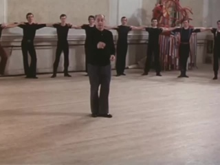 Ансамбль народного танца Игоря Моисеева, Матросский танец _Яблочко_, 1982 г. . Moiseyev