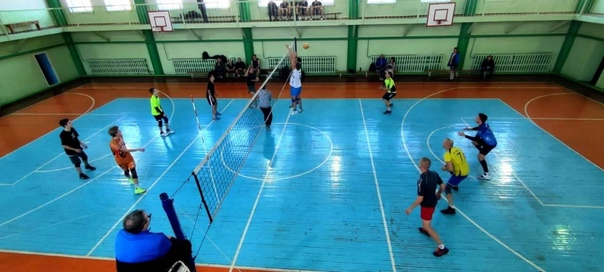Турнир по волейболу «Золотая осень»17 октября в по...