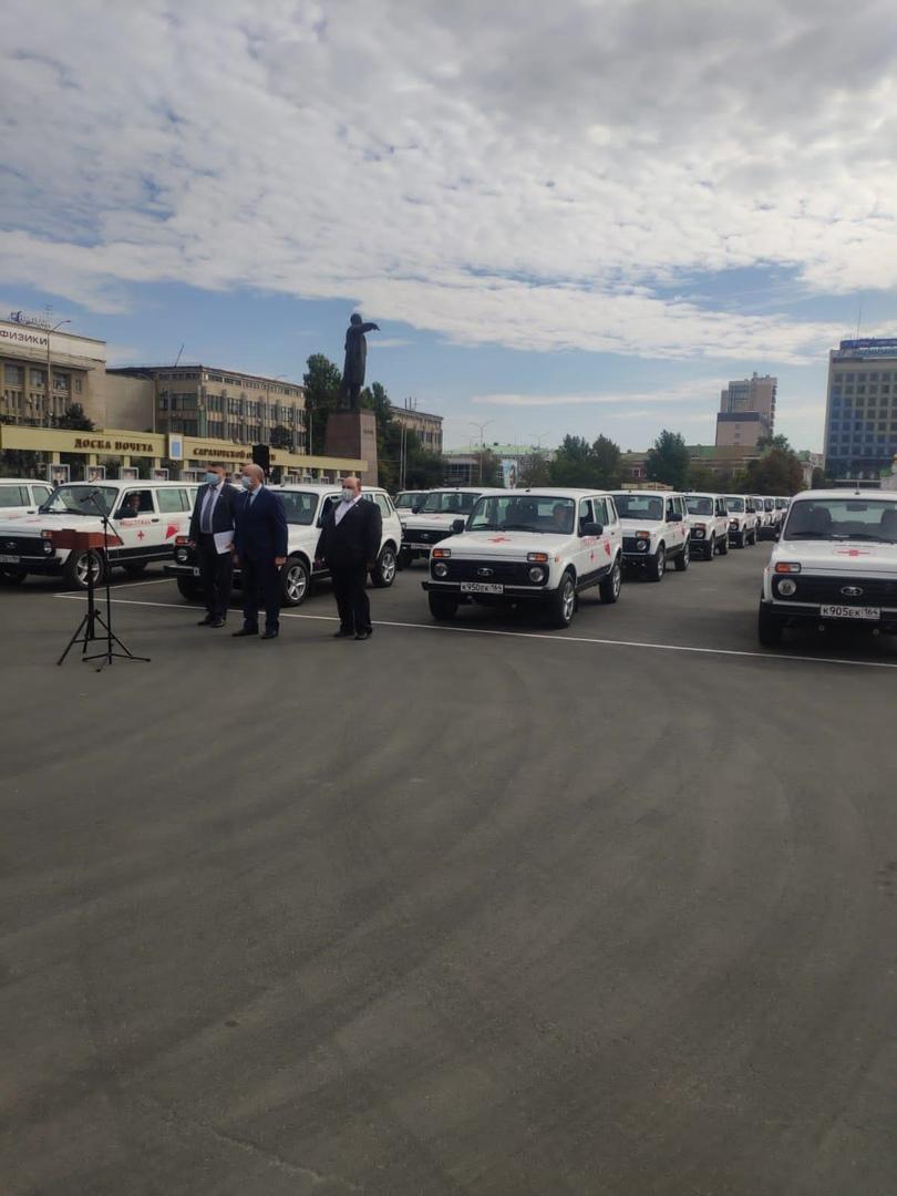 Петровская районная больница получила новый спецтранспорт