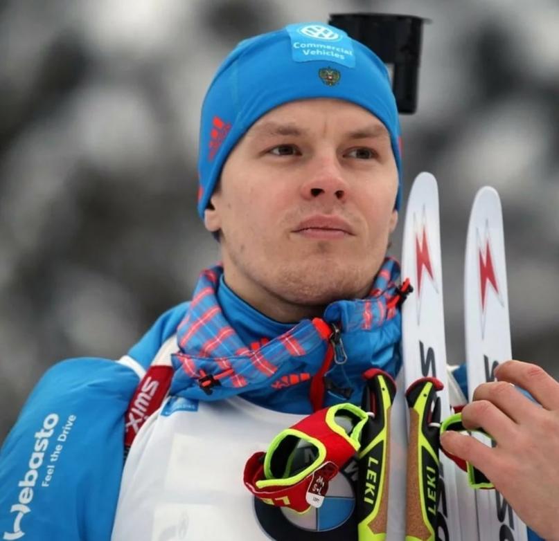 Российский биатлонистМатвей Елисеевпрокомментировал свое выступление в масс-ст...