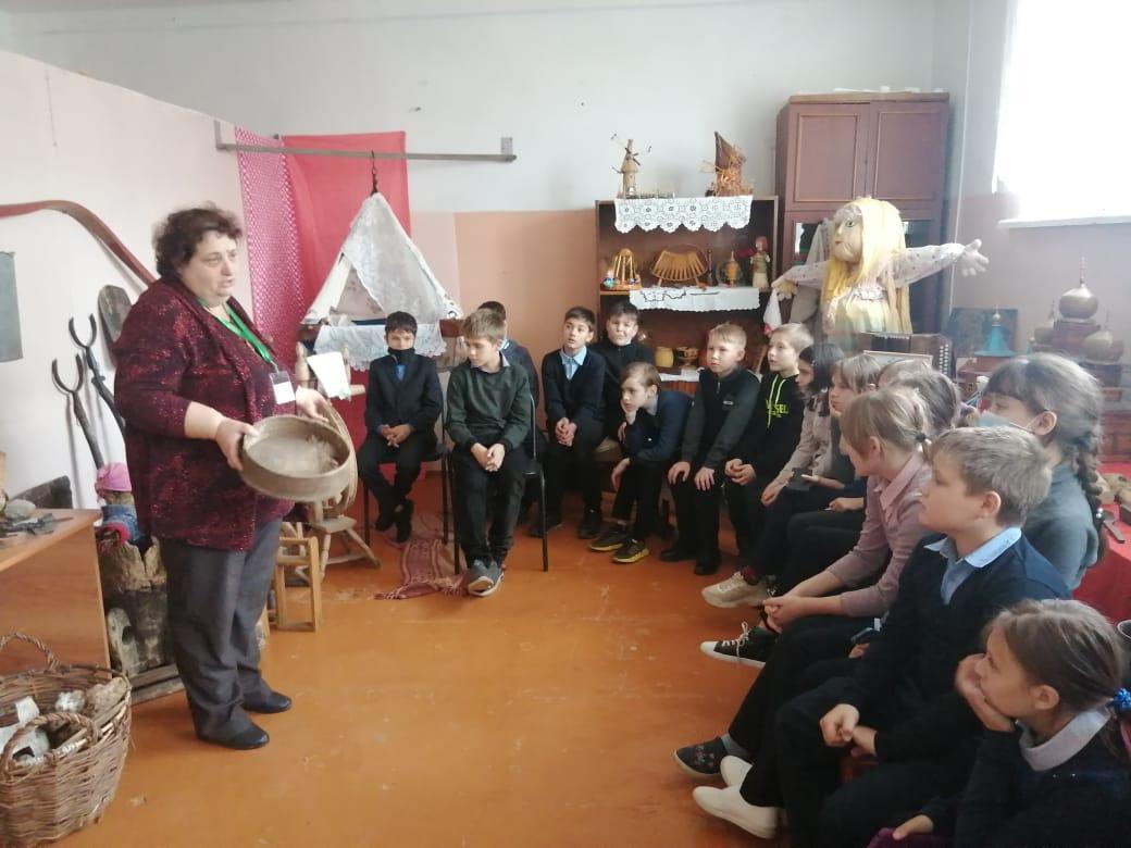 В детско-юношеском Центре состоялся урок-путешествие «Наш край Саратовский»