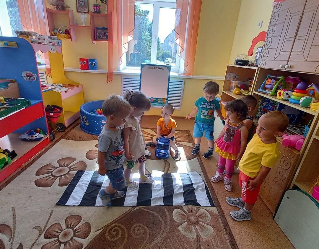 Дошколятам Петровского района рассказывают о правилах безопасного поведения