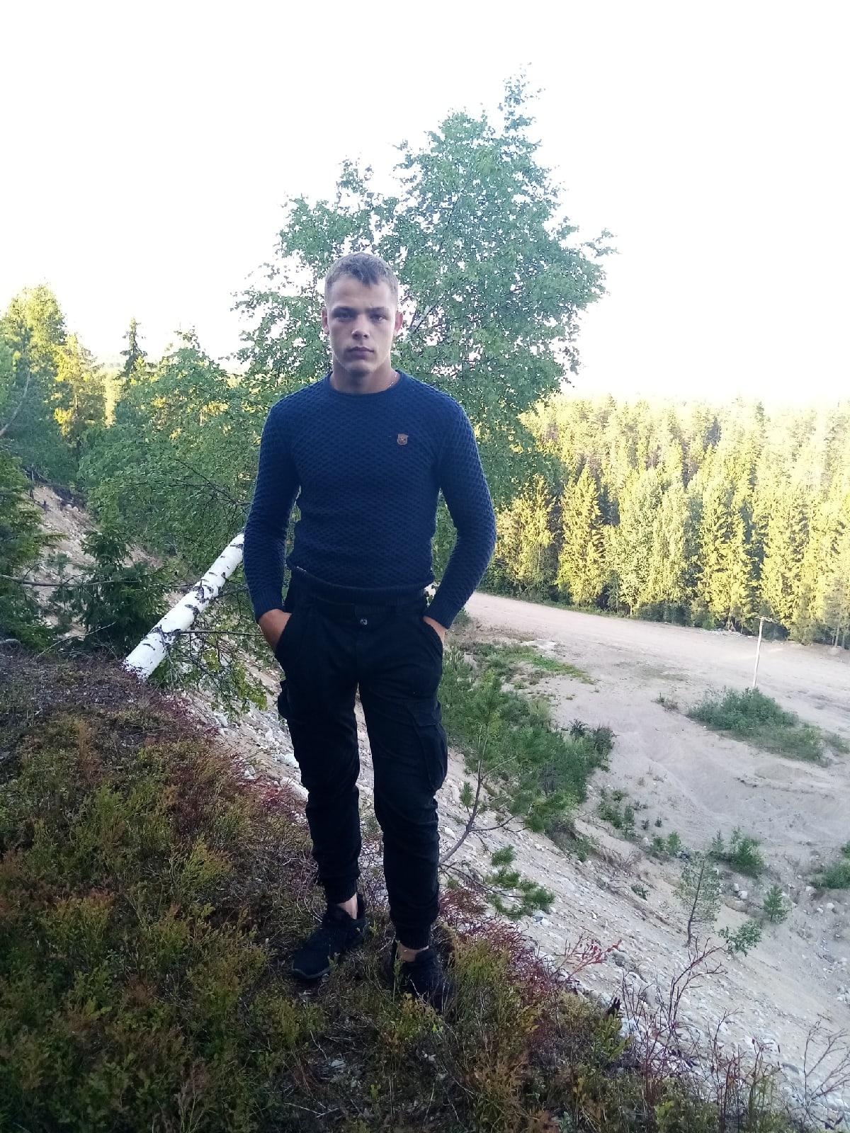 Александр, 20, Olonets