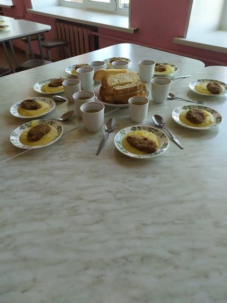 20 апреля Комиссией по проверке качества питания Управления