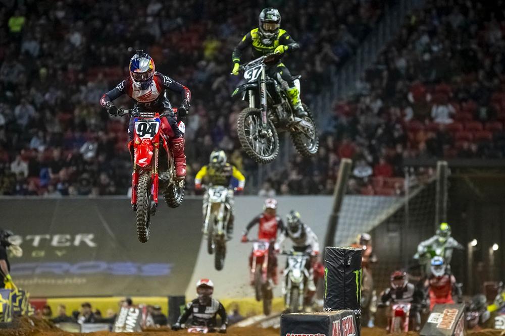 AMA Supercross 2020, этап 9 - Дэйтона (результаты, фото, видео)