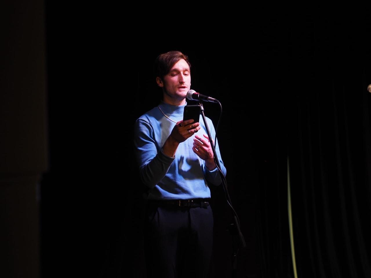 мы проводили Книжный клуб «Петровский» поэтическим концертом и презентацией моей книги Jacaranda.