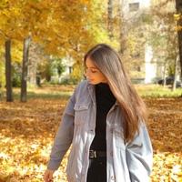 Яна бурмистрова девушка модель для бренда одежды