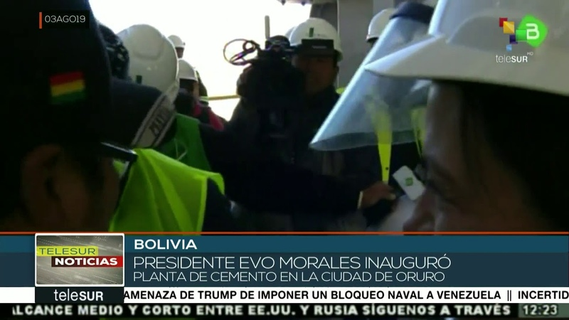 Bolivia: Evo Morales inaugura planta de cemento en Oruro